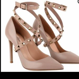 Valentino Rockstud Ankle Strap Pump (authentic)